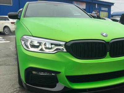 Оклейка автомобиля BMW 5 Плёнкой HEXiS