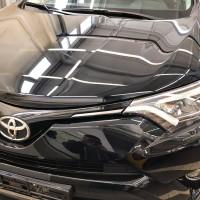 Установка антигравийной плёнки Madico на капот Тойота RAV4