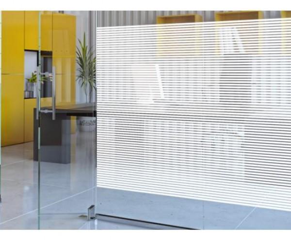 Дизайнерские пленки SOLAR SCREEN® белые линии The Linea 10, с паттерном из белых горизонтальных полос шириной 10мм