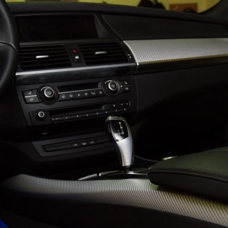 Оклеивание интерьера автомобиля BMW X-5