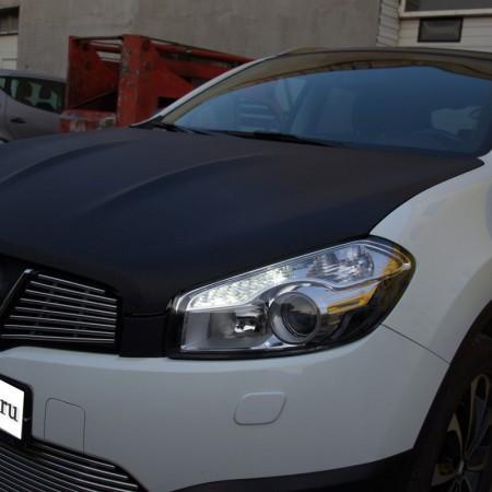 Оклеивание автомобиля Nissan плёнкой