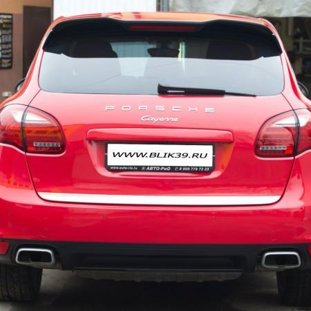 Оклеивание автомобиля Porshe Cayenne плёнкой KPMF (Англия)