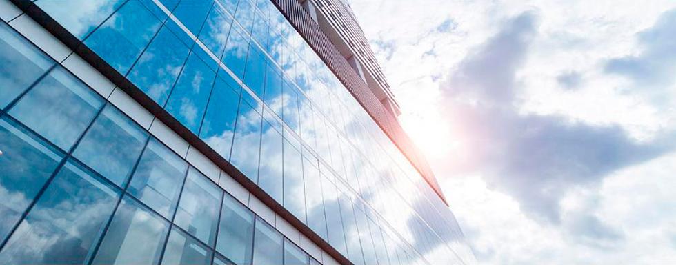 Архитектурная солнцезащитная тонировка пленками SOLAR SCREEN в Калининграде